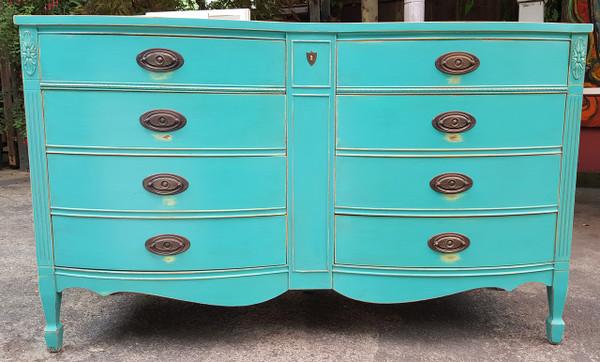 Double Bowfront Sheridan Style Dresser