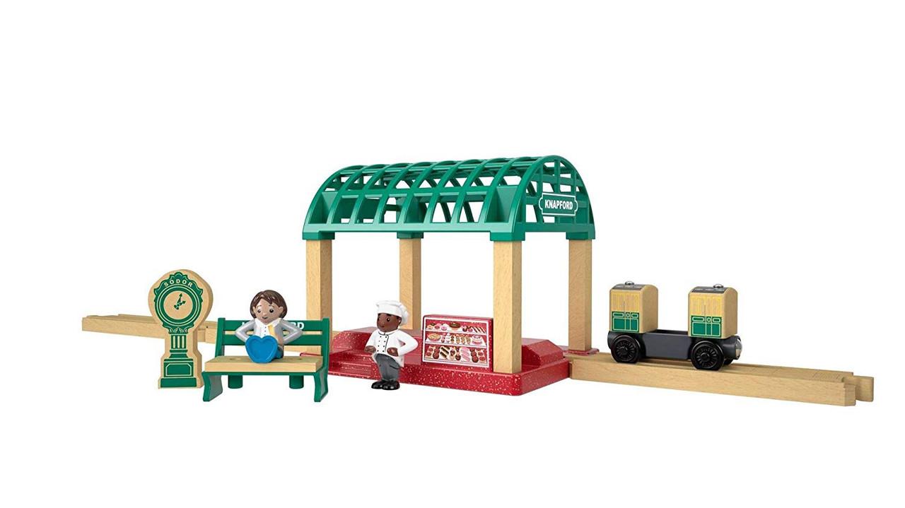 THOMAS & FRIENDS TRAIN STATION