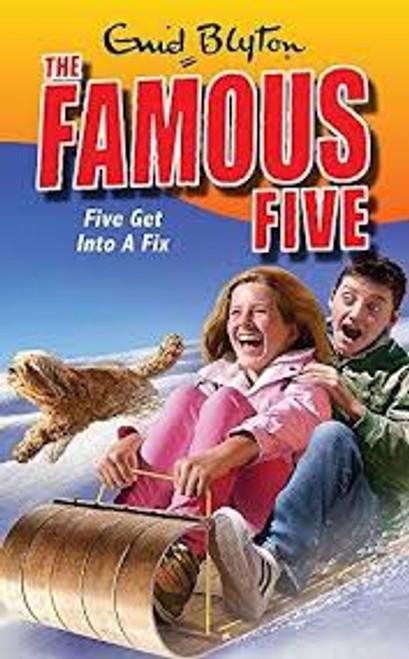 FAMOUS FIVE 17 FIVE GET INTO A