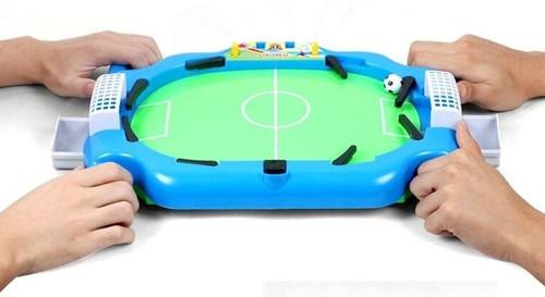 FOOTBALL CHAMPIONS DESKTOP GAME