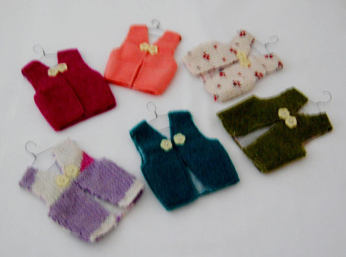 """SW03 – Recycled sweater ornaments. 3"""" Assorted"""