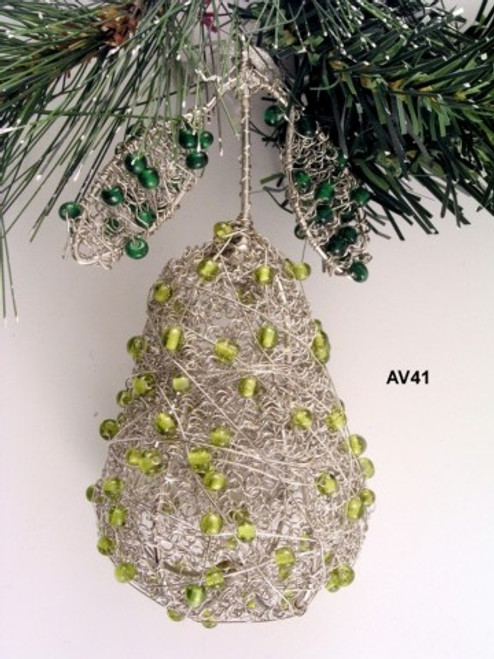 Pear Wire and glass bead AV41