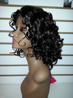 Feel Free Synthetic Hair Wig - Kiss