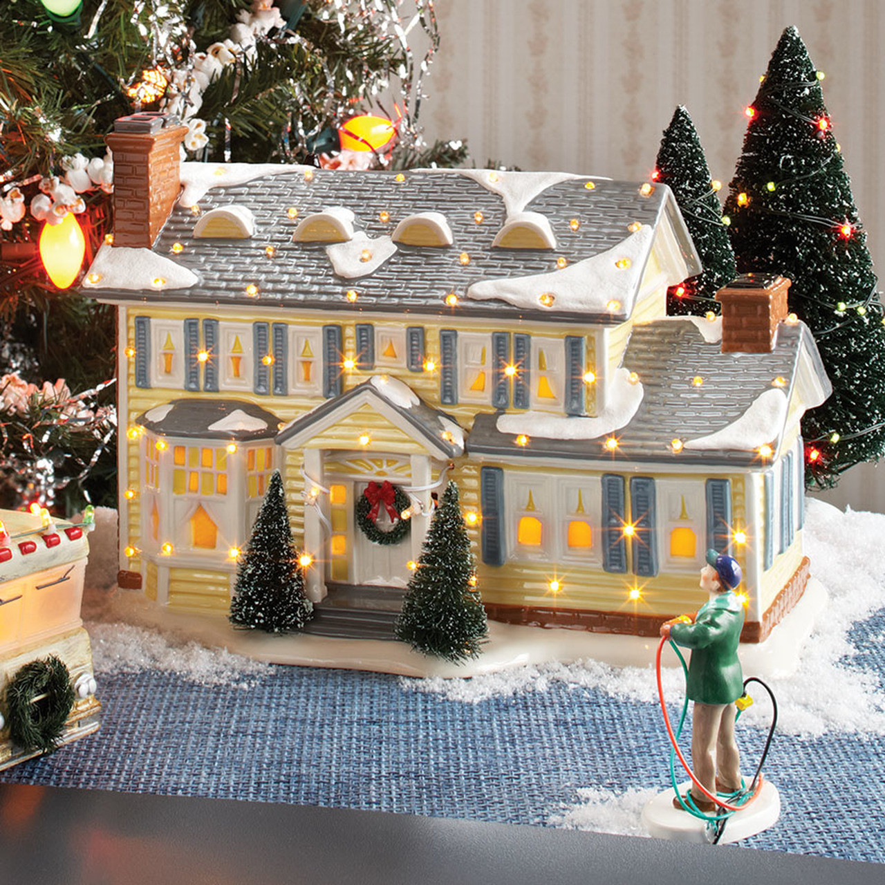 Christmas Vacation House Lights.Department 56 Christmas Vacation The Griswold S Holiday House 4030733