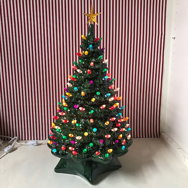 "20""  Medium 1950's Lighted Green Ceramic Christmas Tree"