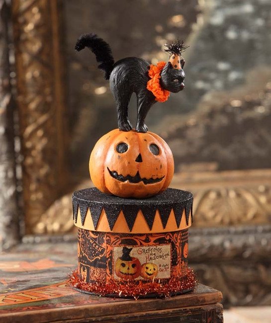 "8.5"" Bethany Lowe Party Cat on Box Halloween Figure TP6183"