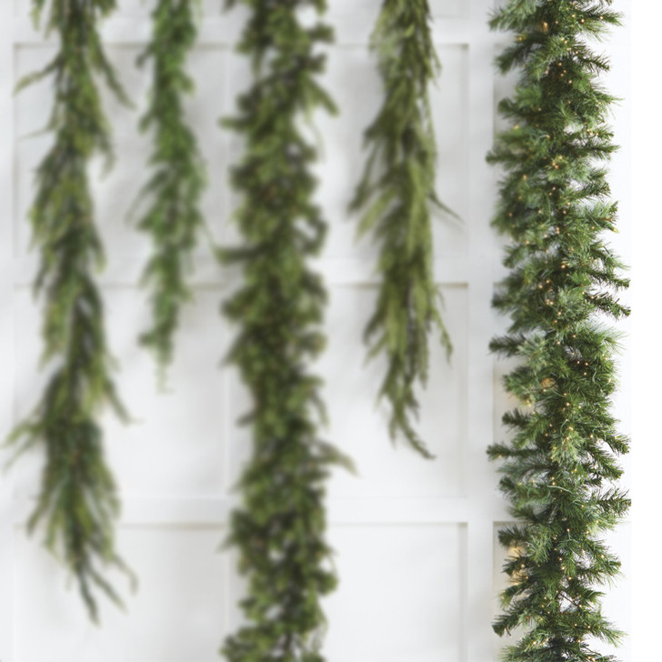 Raz 9 'Snake Lysegrøn blandet Cedar Pine Christmas Garland G3752023