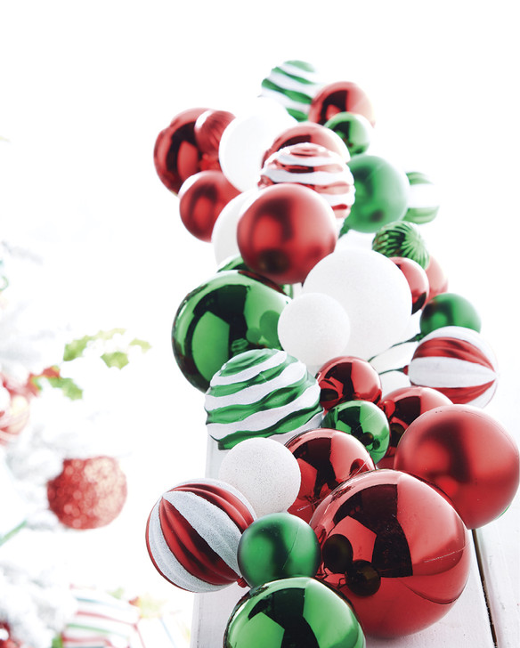 Raz 4' Green, Red, and White Mixed Ball Christmas Garland G4032704