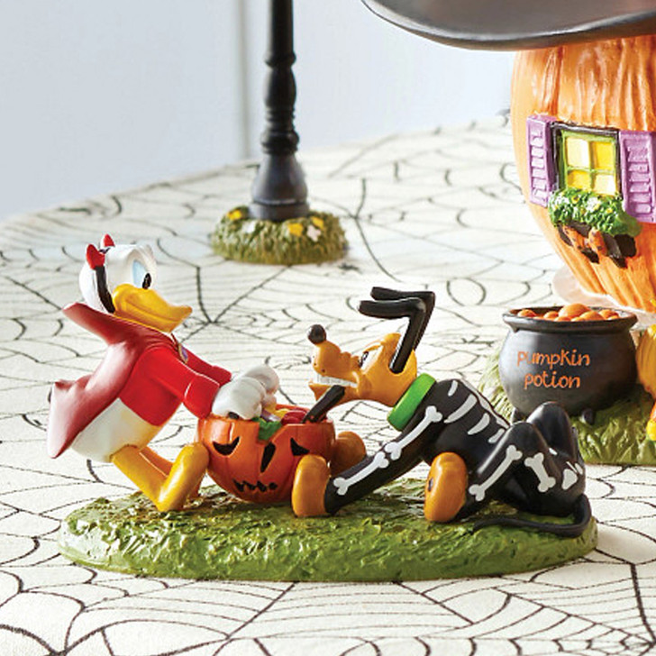 Department 56 Disney's Halloween Village Donald and Pluto's Tussle 6007729