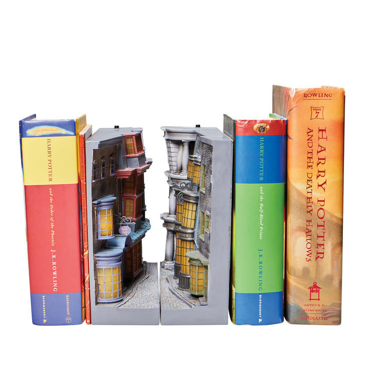 Department 56 Diagon Alley Light Up Bookend 6008334