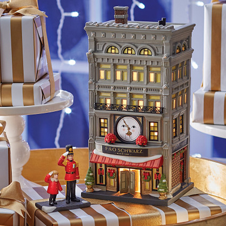 Department 56 Christmas In The City Village FAO Schwarz Building 6007583