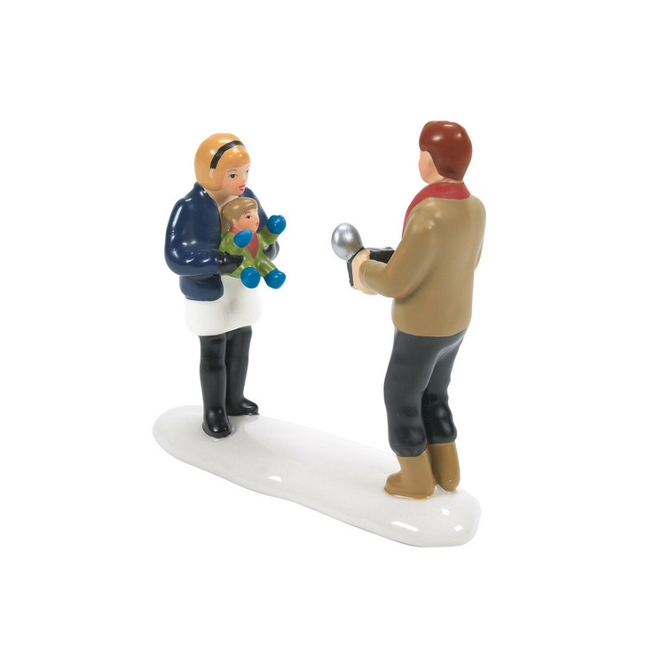 Department 56 Snow Village Baby's First Christmas Figure 6007269