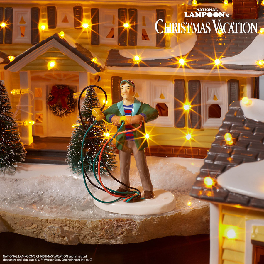 Department 56 Christmas Vacation Fire it Up Dad! Figure 4030742