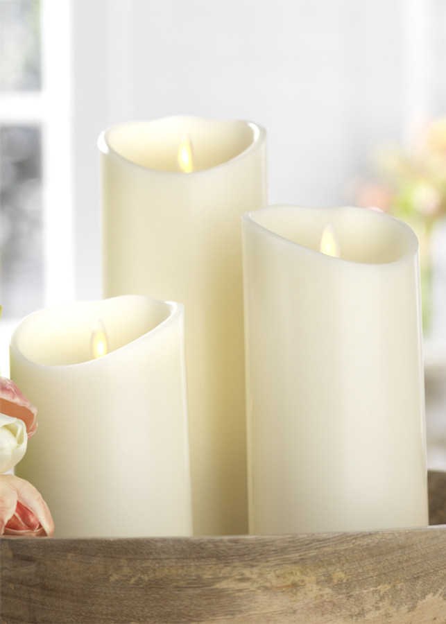 """Liown 3.5"""" x 5"""", 7"""", or 9"""" Moving Flame Ivory-Vanilla Scented Pillar Battery Candle"""