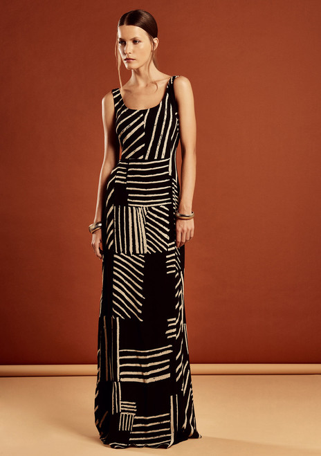 Long Dress, v- neck, shoulder sleeve - beautiful Equatorial print. 100% Viscose.