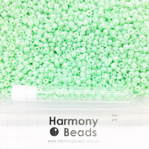 Glass Seed Beads Size 6/0 (approx. 4mm) Pale Green Ceylon Pearlescent