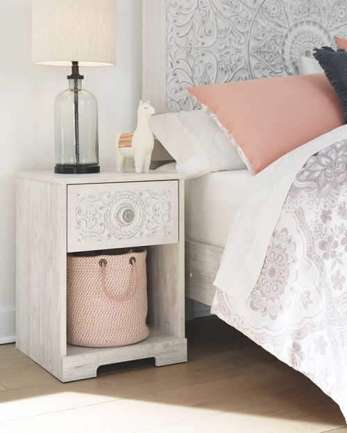Paxberry White Aged Pine One Drawer Night Stand img