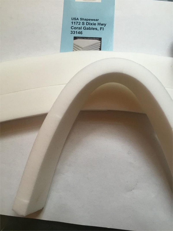 Lipo Foam gives uniform smooth compression over a suctioned area.