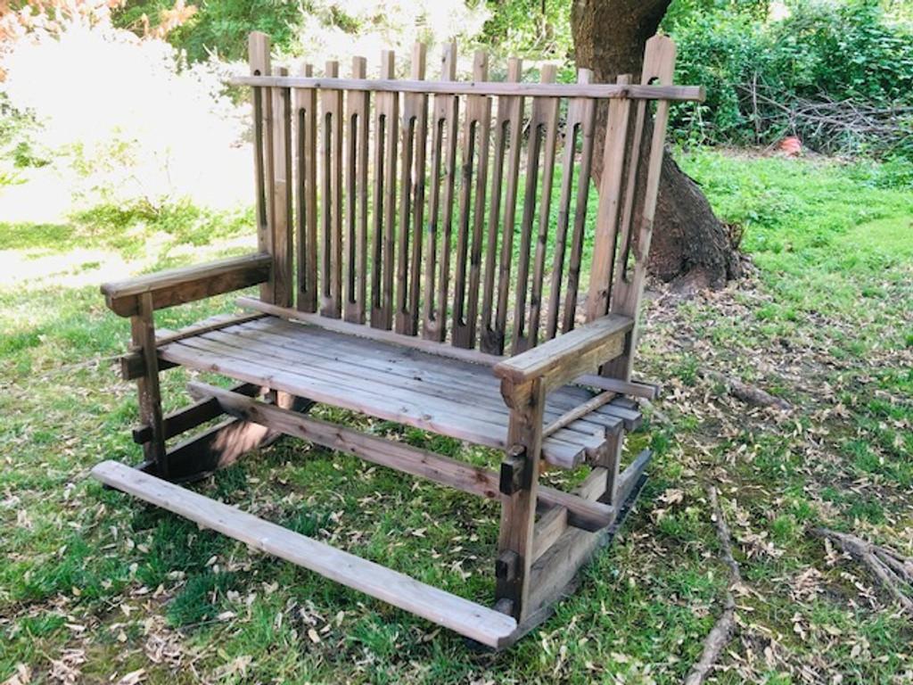 Love Seat  | Event Decor Rental