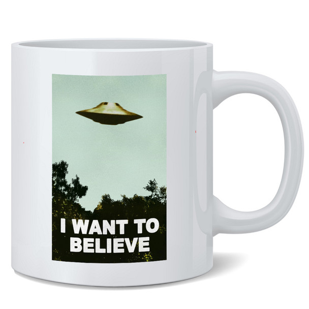 I Want To Believe UFO Artwork Alien Poster TV Retro 90s Poster Wall Decor Abstract Decoration Modern Aesthetic Art Print The Truth is Out There Kitchen Decor Coffee Mug Tea Cup 12 oz
