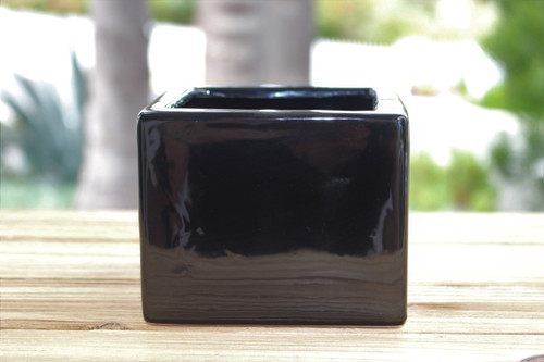 Ceramic black pot 3 1/2 x 4 inches