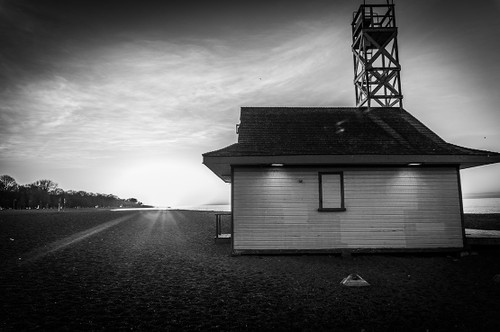 Leuty Lifeguard Station at Toronto Beaches #8