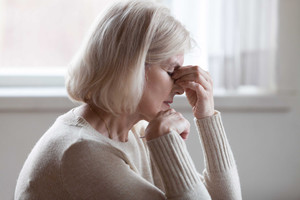 Post-Menopausal And Dry Eyes | Eye Care