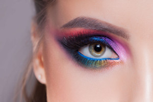 Eye Health Problems Prevention by Makeup Users