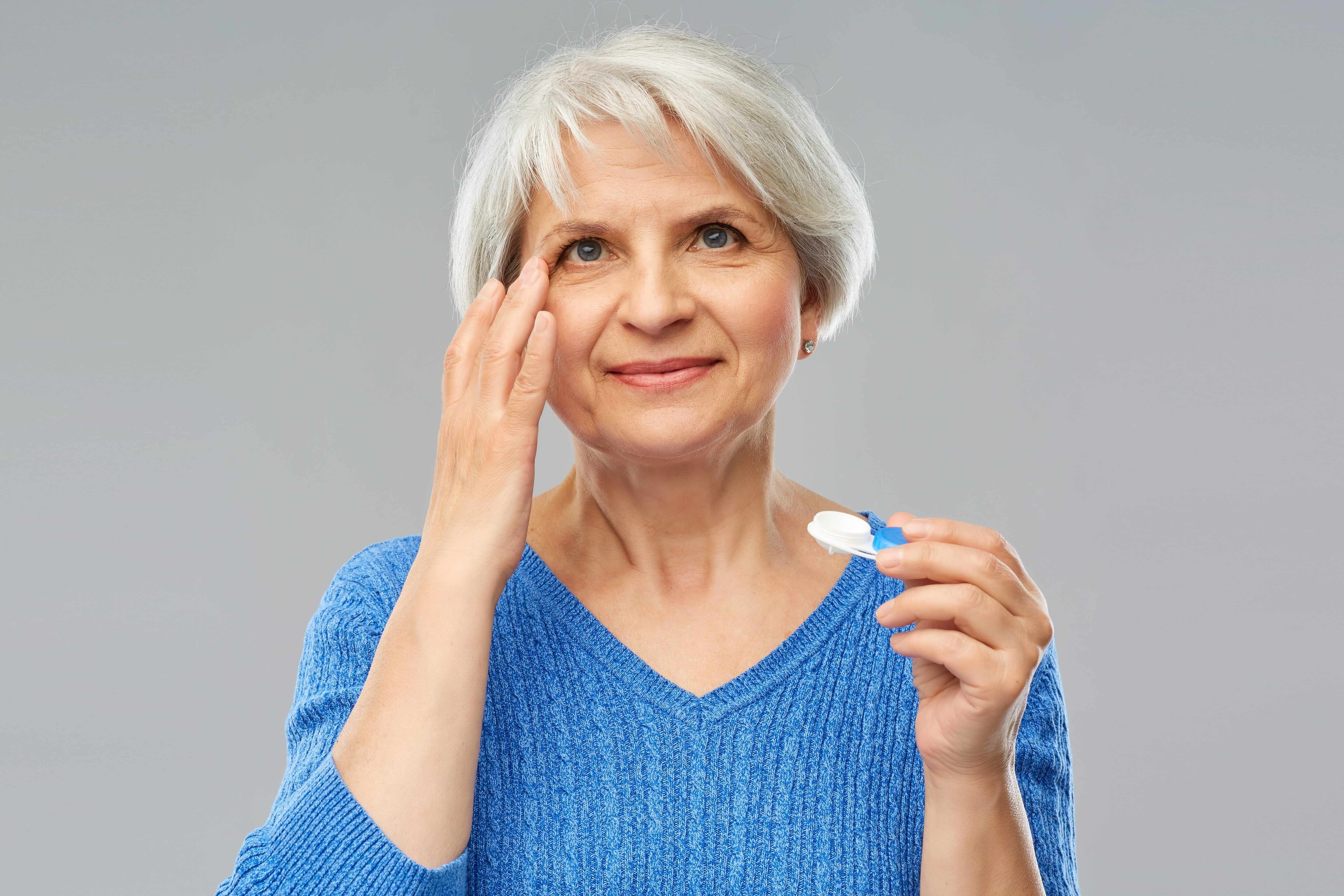 Ageing and Contact Lens