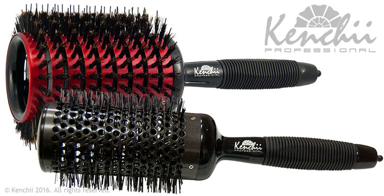 Extra Large Styling Brush kit includes extra large Rapide brush, and extra large ceramic brush.