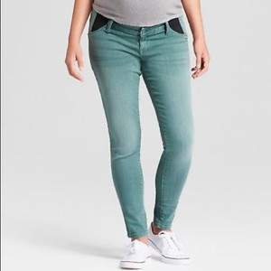 Isabel Maternity by Ingrid & Isabel Maternity Inset Panel Skinny Jeans - 6