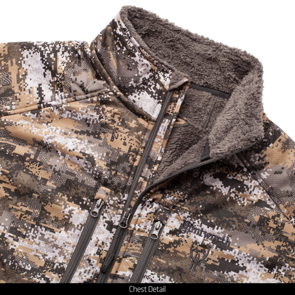 Hunting windproof softshell jacket - two zippered, upper chest pockets.