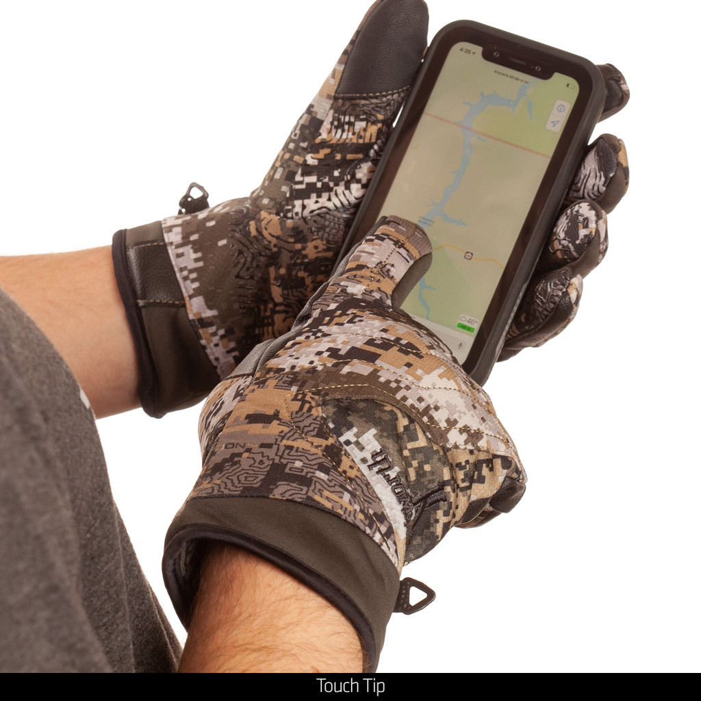 heavyweight Primoloft Lined Camo Hunting Gloves - Touch tip.