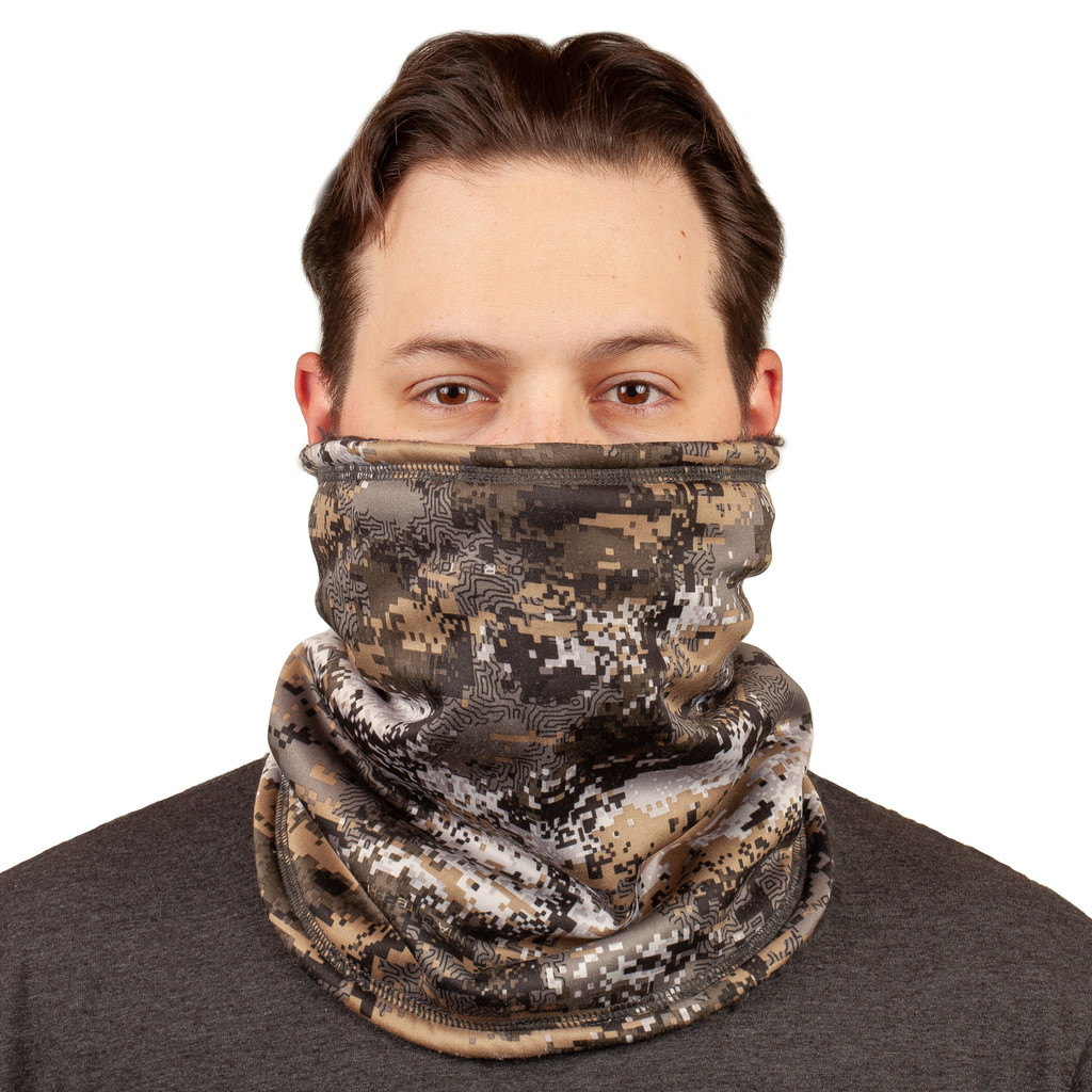 Disruption® pattern Gaiter - Fully lined with plush Sherpa fleece.