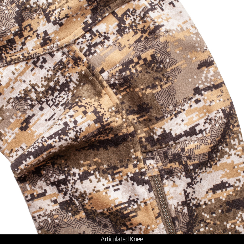 Windproof camo hunting pants - Articulated knees.