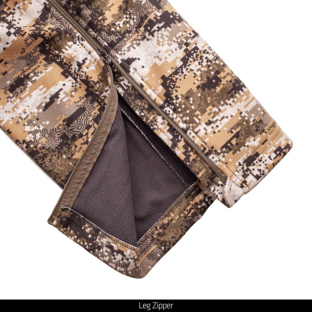 Heavyweight camo pants - Leg zipper.