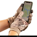 lightweight Windproof Hunting Gloves - Touch tip.