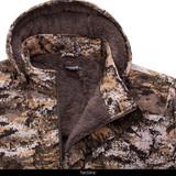 Disruption® camo hunting jacket - Neckline.
