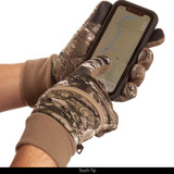 midweight Lined Camo hunting Gloves - Touch tip.