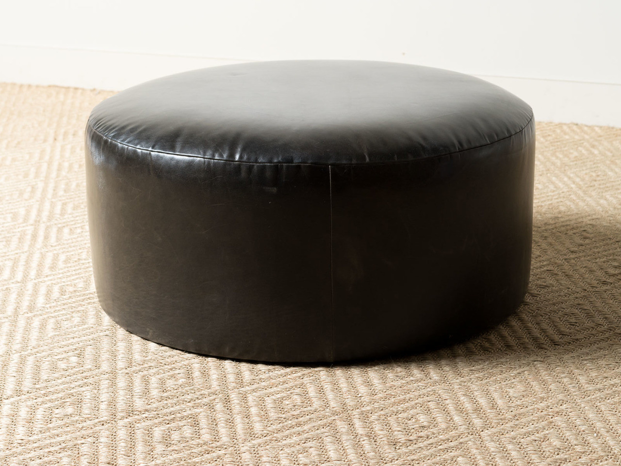 Tremendous Saturn Ottoman Evergreenethics Interior Chair Design Evergreenethicsorg
