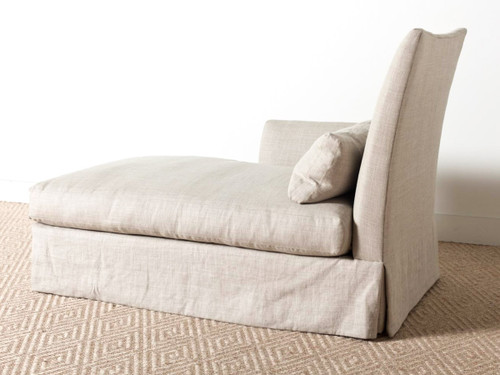 GRAND CHAISE LOUNGE