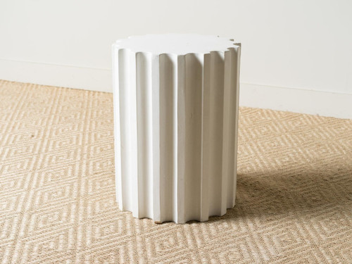FLUTED COLUMN LARGE 24""