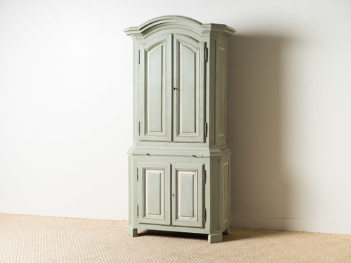 ANTIQUE PAINTED HUTCH