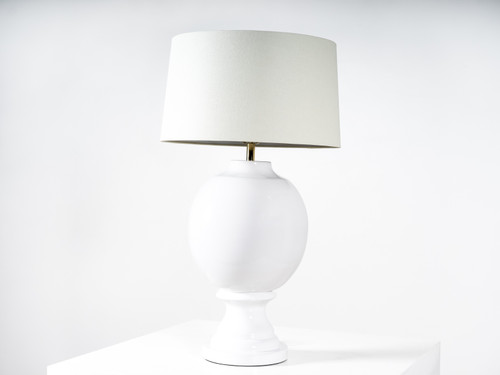 VALMONT TABLE LAMP