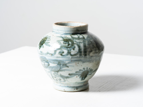 ANTIQUE BLUE AND WHITE JAR II
