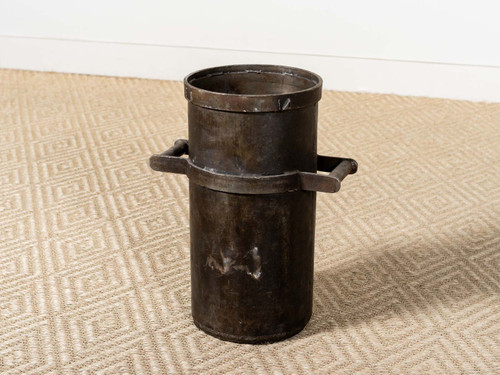 VINTAGE INDUSTRIAL IRON PLANTER