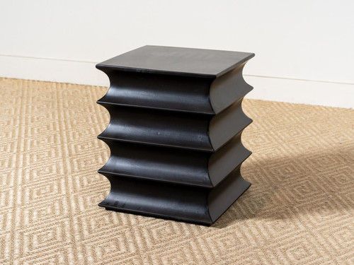 SIAM ACCENT TABLE BLACK