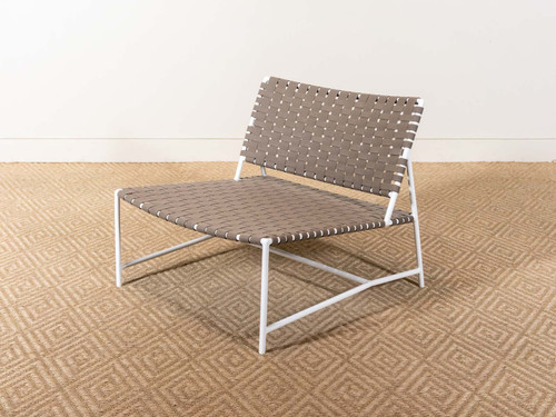 STRETCH ARMLESS LOUNGE CHAIR