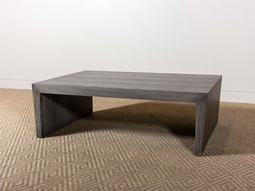 COLTON COCKTAIL TABLE
