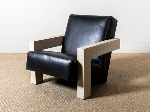 LUTHER LEATHER CHAIR
